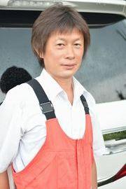 山梨県でカーコーティング施工専門店の社長佐野周一です。